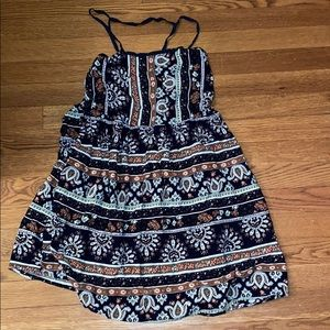 EUC Hem and Thread paisley print sundress
